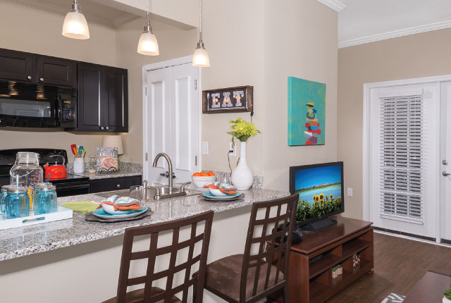 Eagle Flatts Student Apartments In Hattiesburg Ms Capstone Real Estate Capstone Real Estate